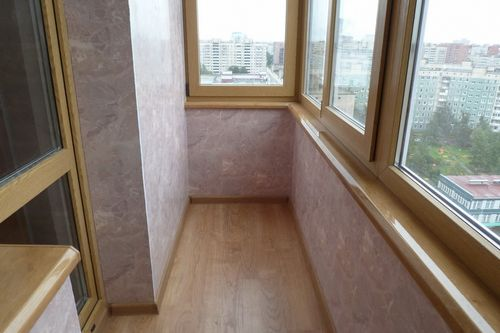 Как обшить самому балкон?